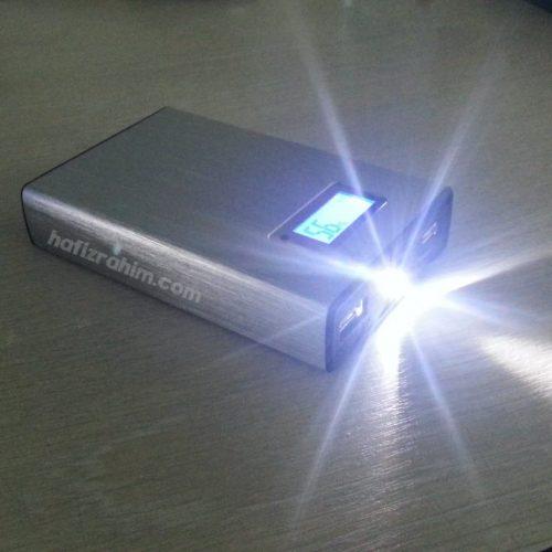 led flash pineng powerbank