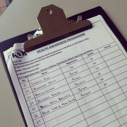 Pemeriksaan kesihatan urine test