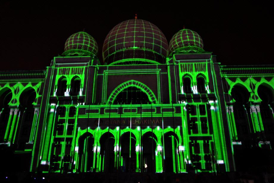 LAMPU Light Of Motion Putrajaya 2014-hijau tron