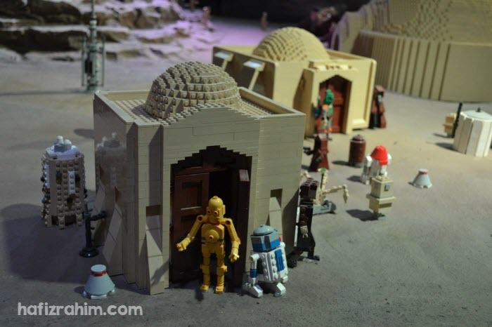 C-3PO at dessert
