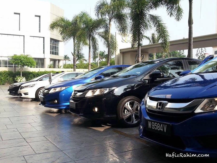 Honda City in line