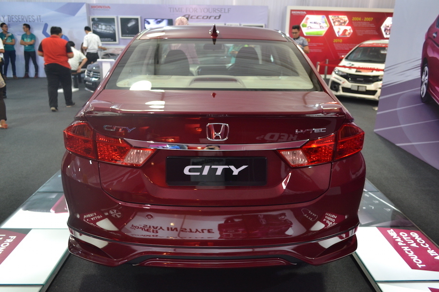 Rear Honda City 2015