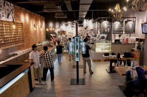 Ruang legar Cafe K4M1