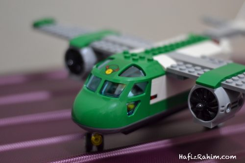 LEGO City Airport Cargo-front