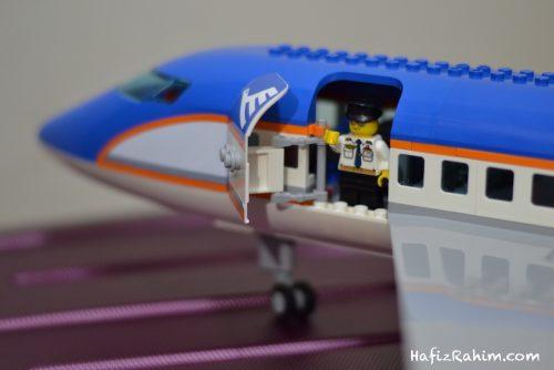 LEGO City Airport Passenger-entrance