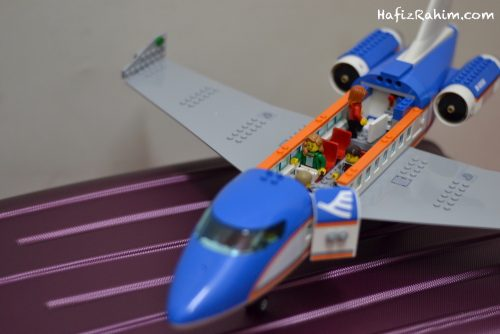 LEGO City Airport Passenger-inside